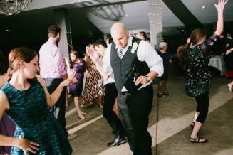 Single Ladies Dance Off with the Groom.  (Lisa Woods Photography)